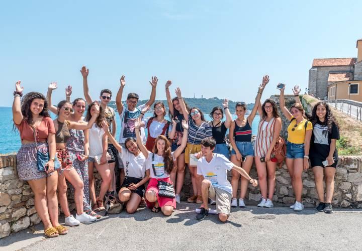 Best language camps France